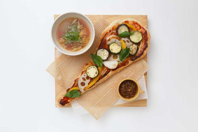 SEKAI-CAFEs-pizza-tdjapan